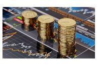 Вложить деньги в недвижимость или переждать скачок валют?